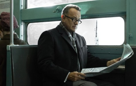 "Cold War movie ""Bridge of Spies"" gets warm reception"
