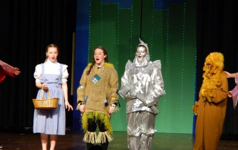 "Photo gallery: ""The Wizard of Oz"" enchants audiences at Watertown Middle School"